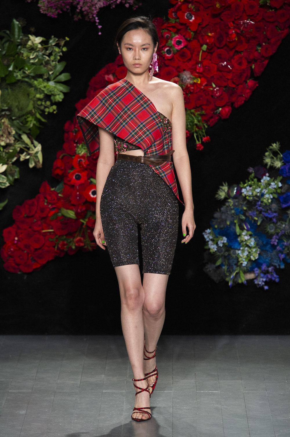 Roberta Einer时装系列格子呢西装外套收紧腰部霓虹色腰带连帽衫-5.jpg