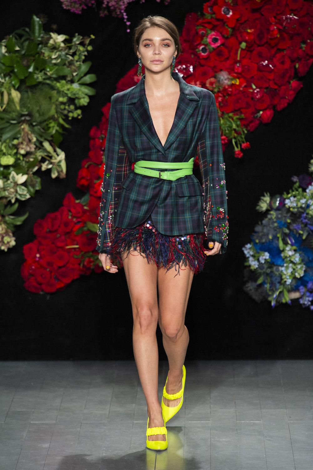Roberta Einer时装系列格子呢西装外套收紧腰部霓虹色腰带连帽衫-6.jpg