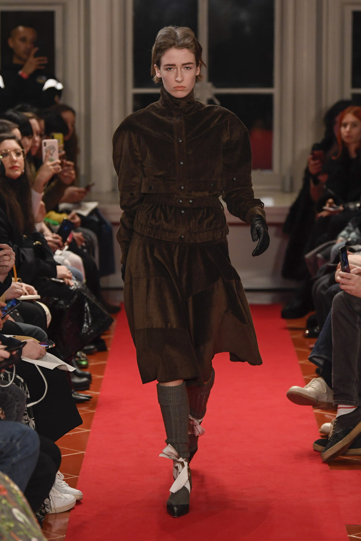 Symonds Pearmain时装系列将怀旧的英国郊区的军事魅力混合在一起-8.jpg