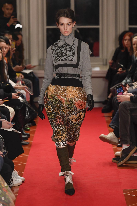 Symonds Pearmain时装系列将怀旧的英国郊区的军事魅力混合在一起-19.jpg
