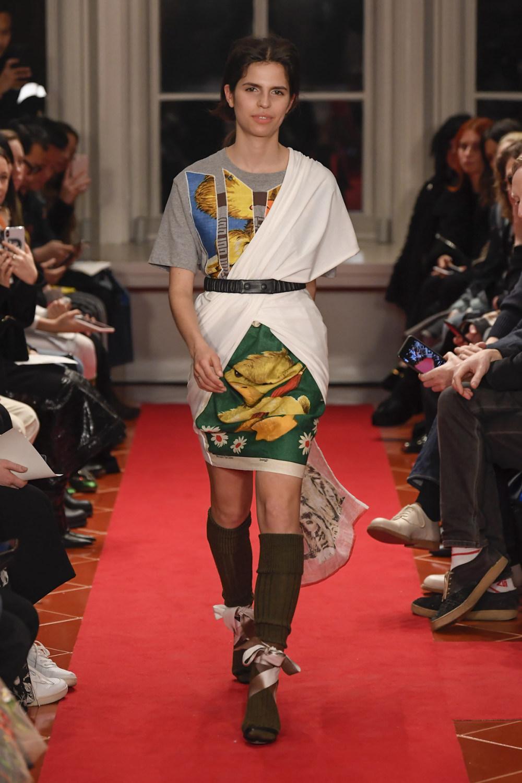 Symonds Pearmain时装系列将怀旧的英国郊区的军事魅力混合在一起-23.jpg