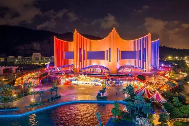 珠海新文旅地标!Stufish用舞台幕布曲线打造长隆剧院-12.jpg