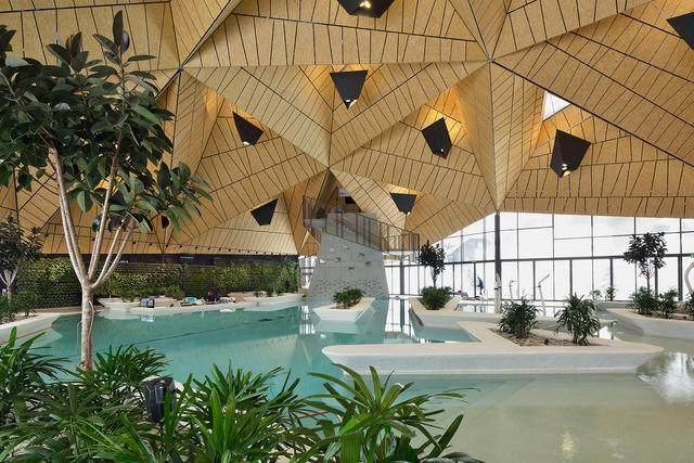 激活建築灵魂的15个天窗設計案例-12.jpg