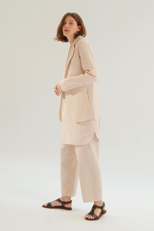 Vanessa Bruno时装系列設計師试图创造出现代和永恒的混搭-5.jpg