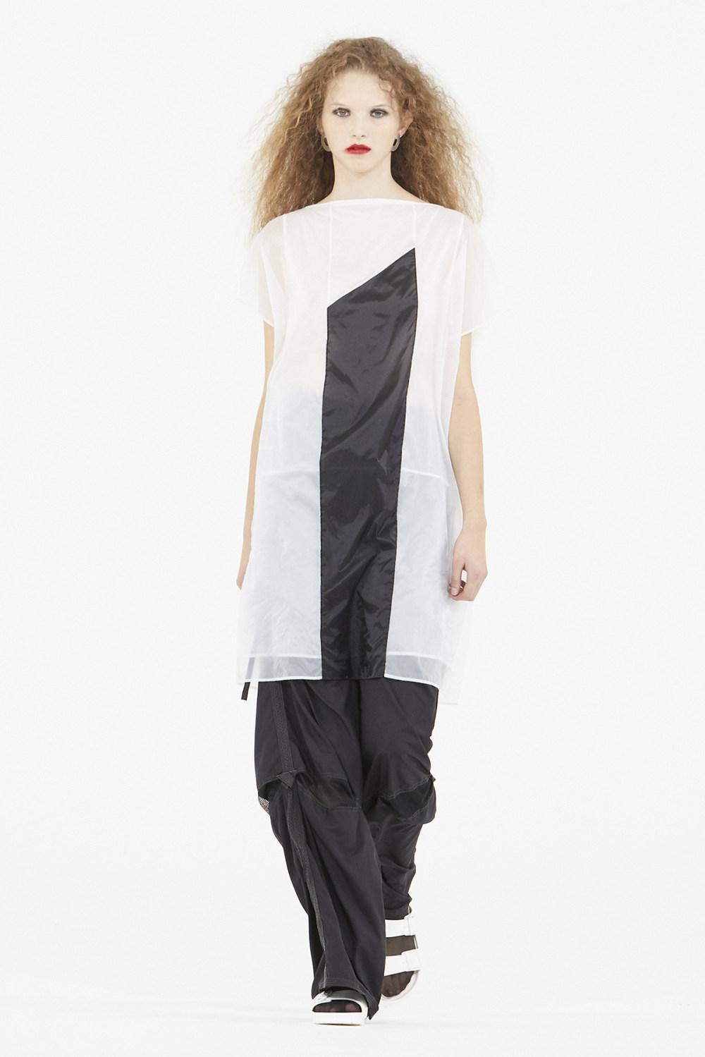 Nicolas Andreas Taralis时装系列技术织物矩形条纹被缝合在一起-6.jpg
