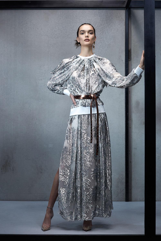 Maticevski时装系列无袖地板长度荷叶边紫红色礼服或棕色连衣裙-3.jpg