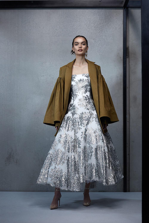 Maticevski时装系列无袖地板长度荷叶边紫红色礼服或棕色连衣裙-4.jpg