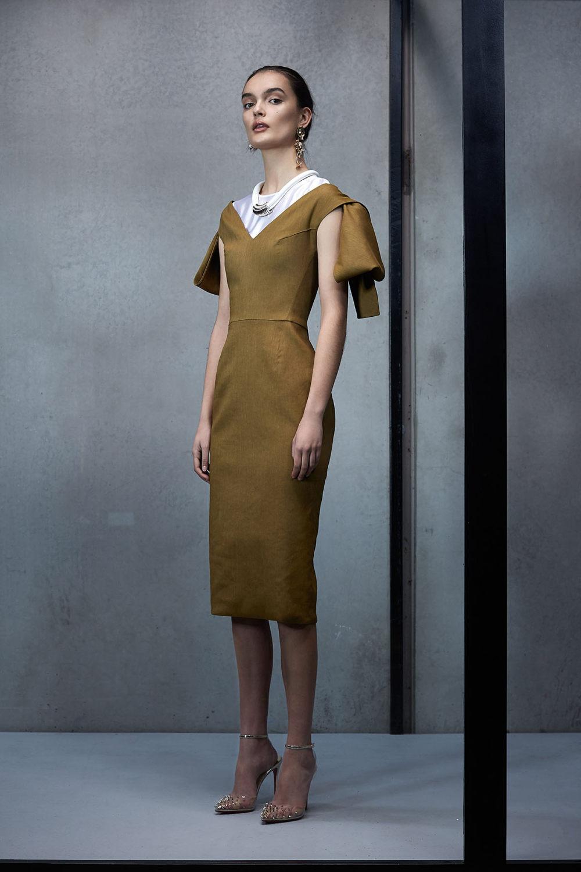 Maticevski时装系列无袖地板长度荷叶边紫红色礼服或棕色连衣裙-8.jpg
