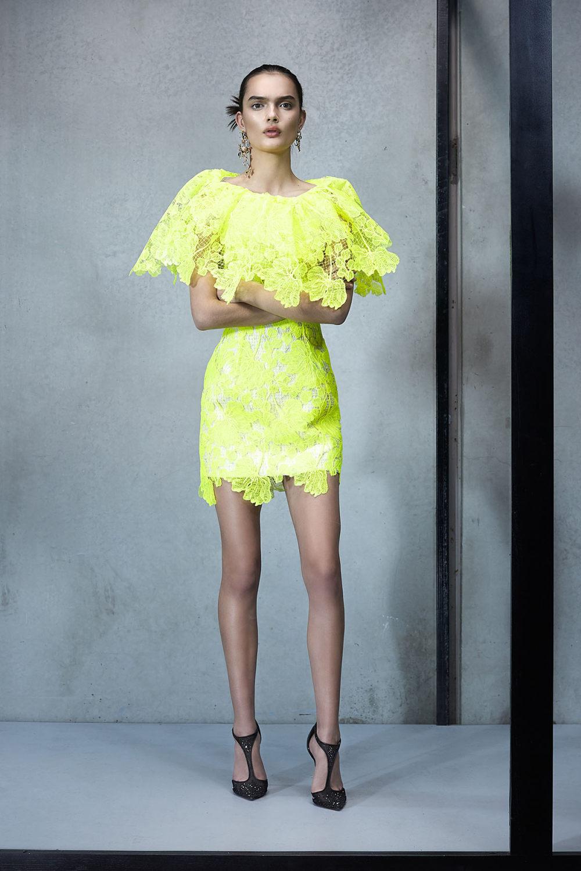 Maticevski时装系列无袖地板长度荷叶边紫红色礼服或棕色连衣裙-20.jpg