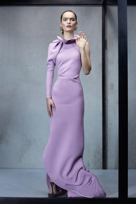 Maticevski时装系列无袖地板长度荷叶边紫红色礼服或棕色连衣裙-24.jpg