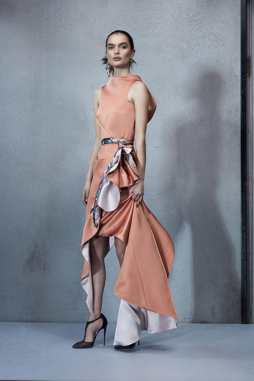 Maticevski时装系列无袖地板长度荷叶边紫红色礼服或棕色连衣裙-25.jpg