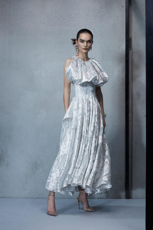 Maticevski时装系列无袖地板长度荷叶边紫红色礼服或棕色连衣裙-27.jpg