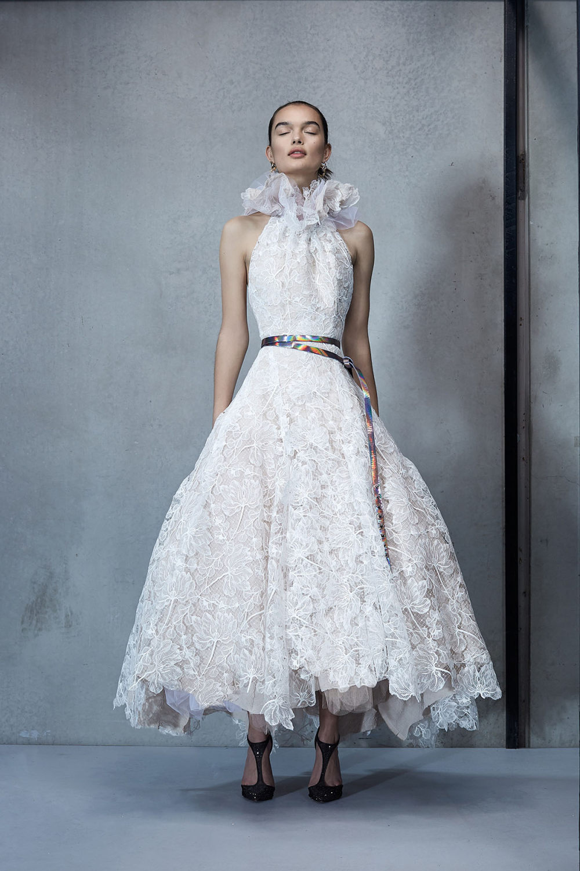 Maticevski时装系列无袖地板长度荷叶边紫红色礼服或棕色连衣裙-30.jpg