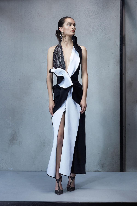 Maticevski时装系列无袖地板长度荷叶边紫红色礼服或棕色连衣裙-52.jpg