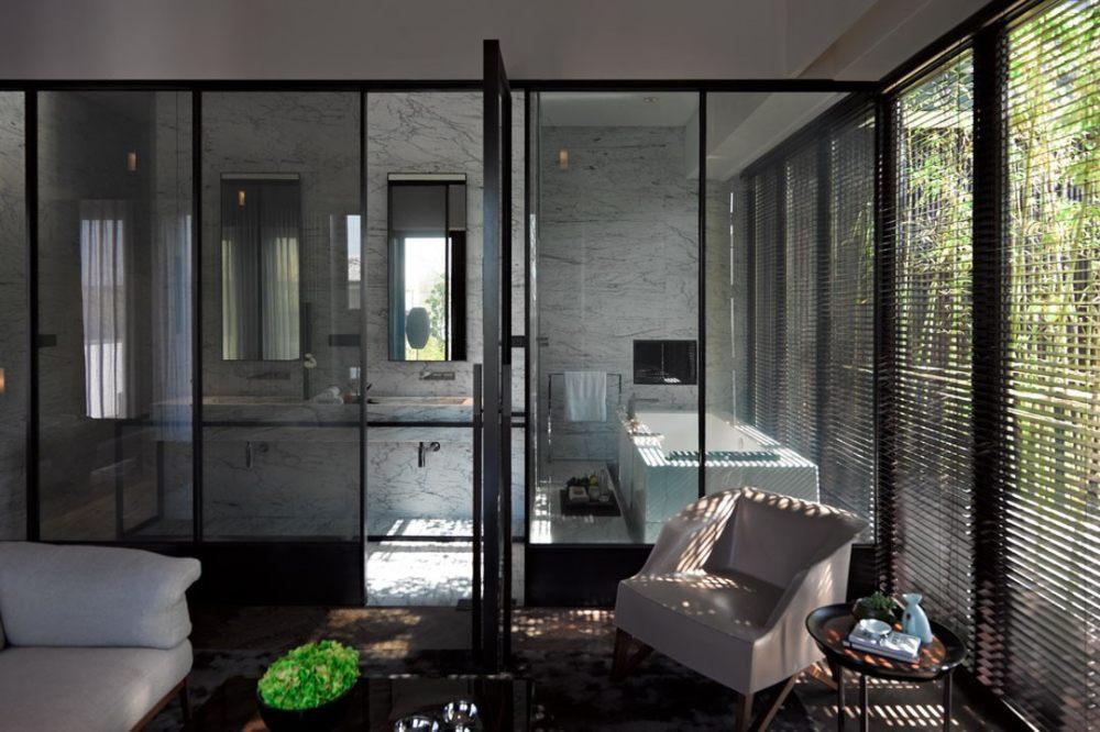 11.二层客房与浴室.jpg