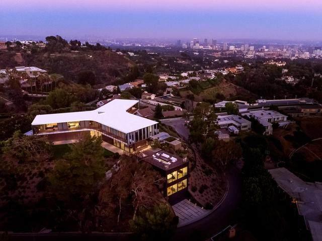 占地6000多平米的超大豪华住宅,街景与海景尽收眼底-1.jpg