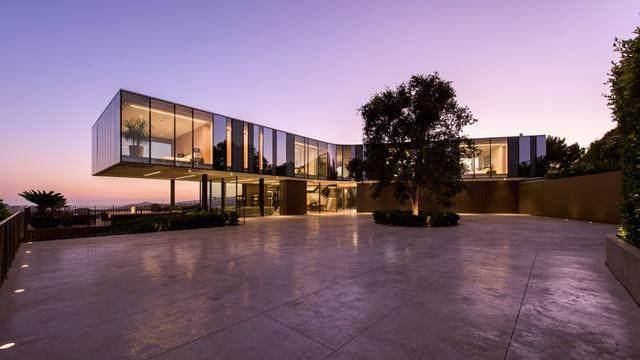 占地6000多平米的超大豪华住宅,街景与海景尽收眼底-3.jpg