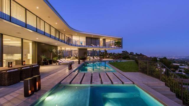 占地6000多平米的超大豪华住宅,街景与海景尽收眼底-5.jpg