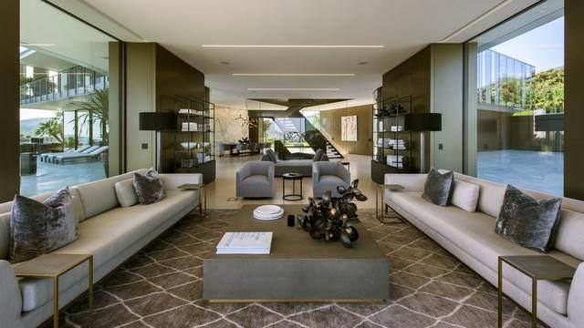 占地6000多平米的超大豪华住宅,街景与海景尽收眼底-10.jpg