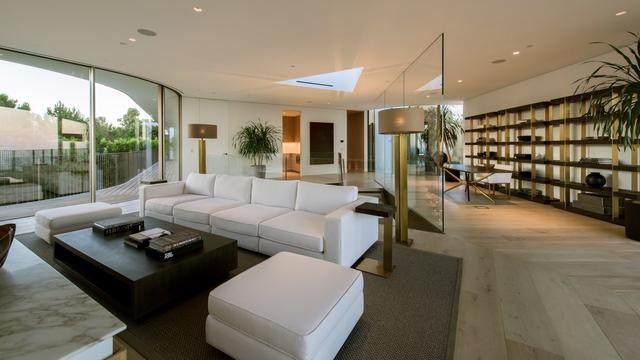 占地6000多平米的超大豪华住宅,街景与海景尽收眼底-21.jpg