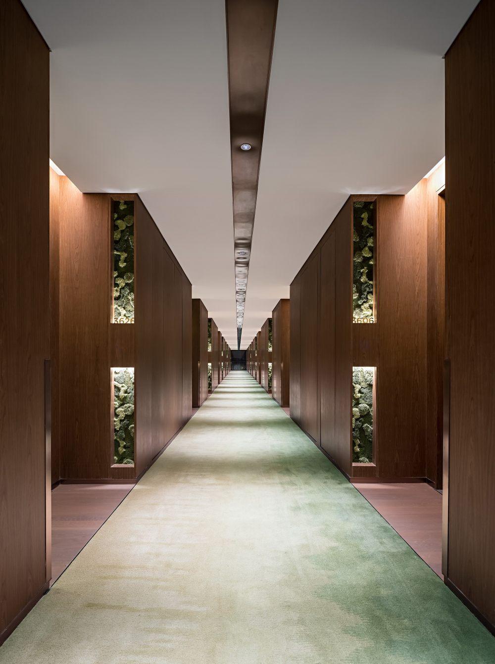 北京世园凯悦酒店  CL3思联建筑设计_39._客房标准层走廊.jpg