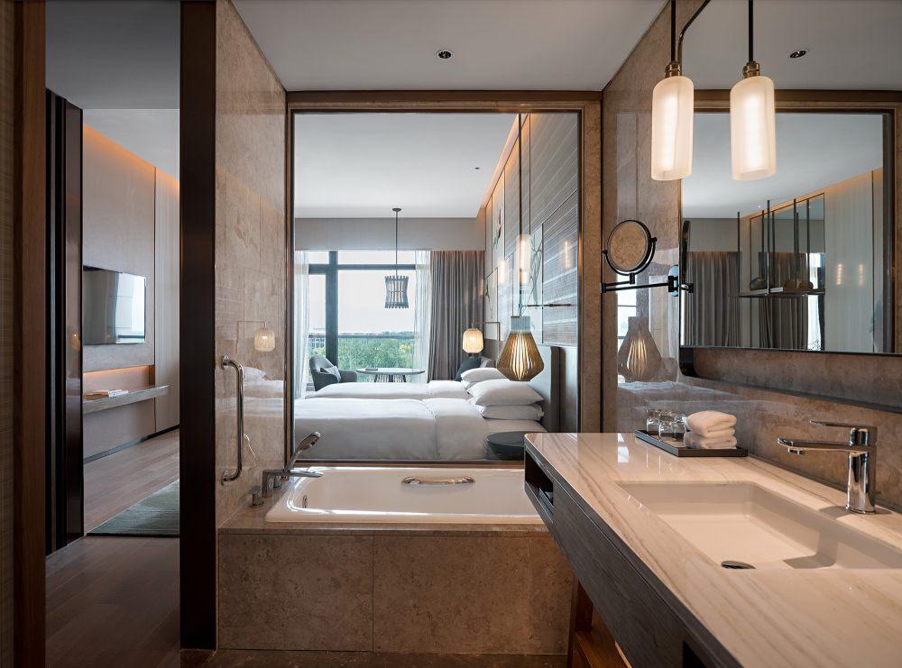 北京世园凯悦酒店  CL3思联建筑设计_45._双床房.jpg