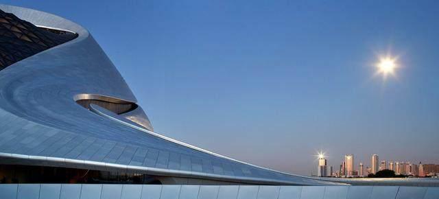 """亚布力中国企业家论坛会议中心最新施工进展,""""雪山""""轮廓初现-22.jpg"""