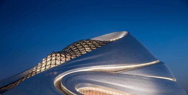 """亚布力中国企业家论坛会议中心最新施工进展,""""雪山""""轮廓初现-23.jpg"""