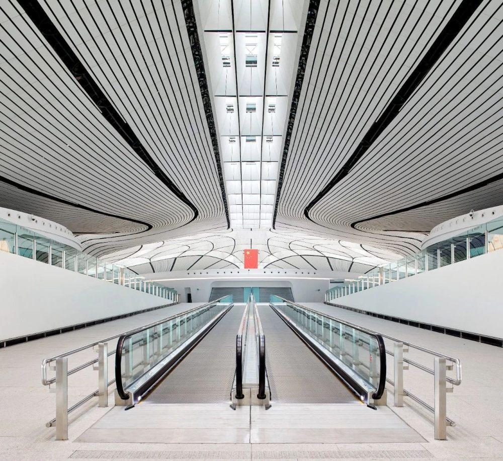 超魔幻的北京大兴国际机场 | 实景图+平面图 | 45P_超魔幻的北京大兴国际机场8.jpg