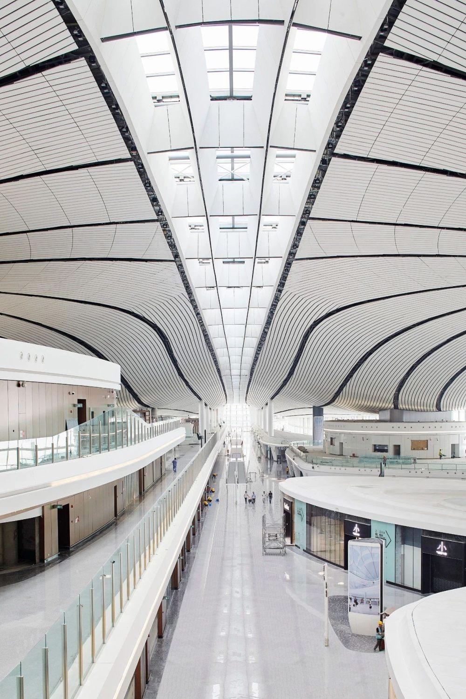 超魔幻的北京大兴国际机场 | 实景图+平面图 | 45P_超魔幻的北京大兴国际机场11.jpg