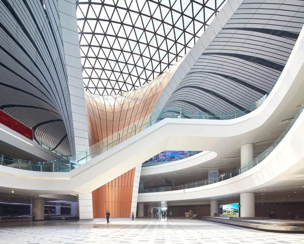 超魔幻的北京大兴国际机场 | 实景图+平面图 | 45P_超魔幻的北京大兴国际机场14.jpg