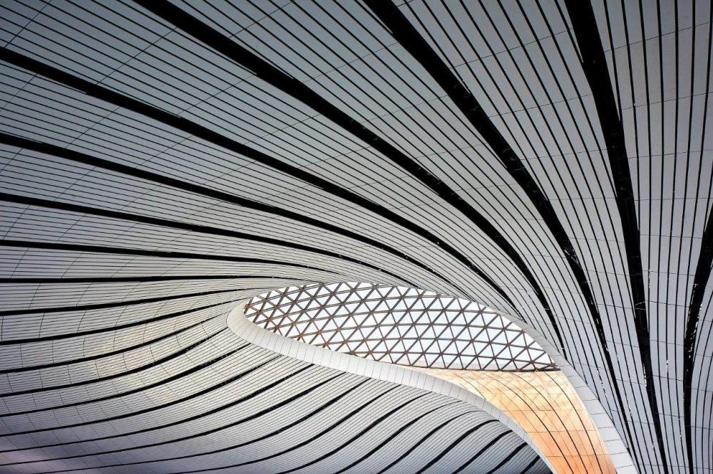 超魔幻的北京大兴国际机场 | 实景图+平面图 | 45P_超魔幻的北京大兴国际机场15.jpg