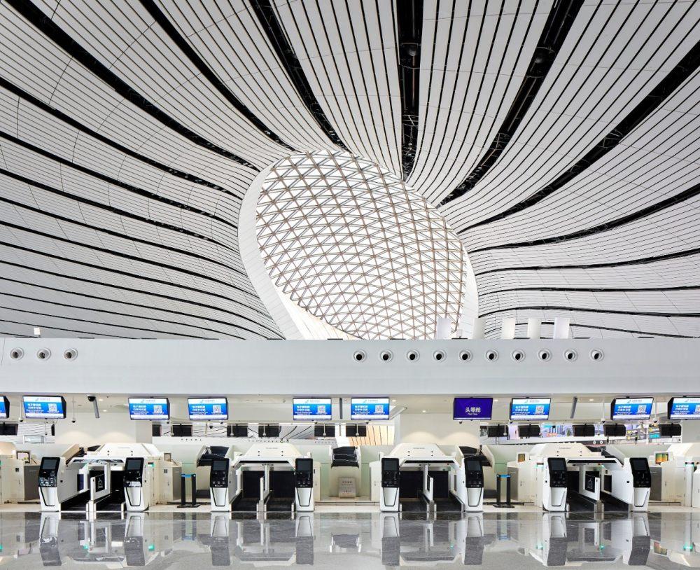 超魔幻的北京大兴国际机场 | 实景图+平面图 | 45P_超魔幻的北京大兴国际机场17.jpg