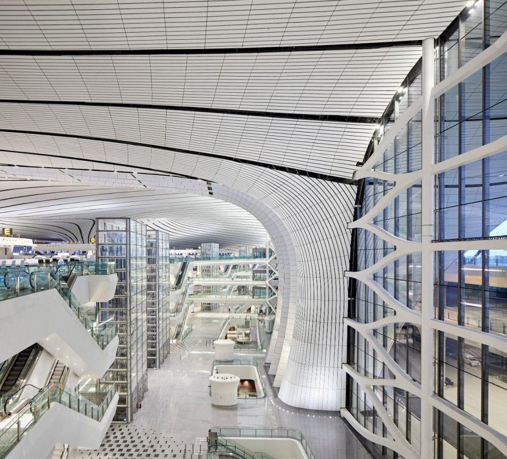 超魔幻的北京大兴国际机场 | 实景图+平面图 | 45P_超魔幻的北京大兴国际机场18.jpg