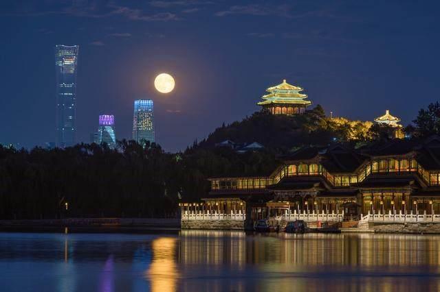 528米高,中国尊刷新北京天际线至高点-12.jpg