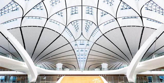 """北京大兴国际机场航站楼卫星厅开建,設計呈现""""一""""字造型-11.jpg"""