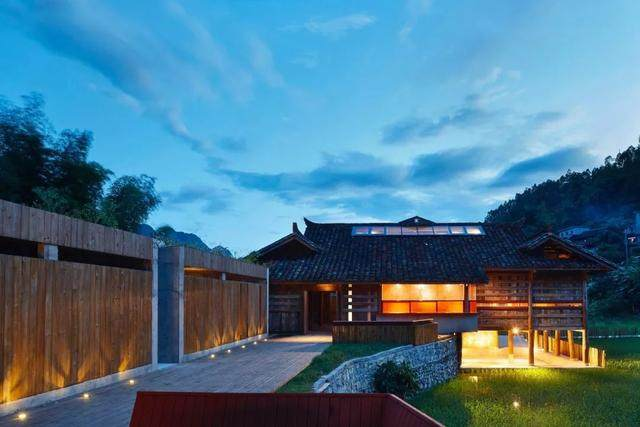 建築師拯救黔南古宅,让这里成为稻田中人们最爱的精神小岛-19.jpg