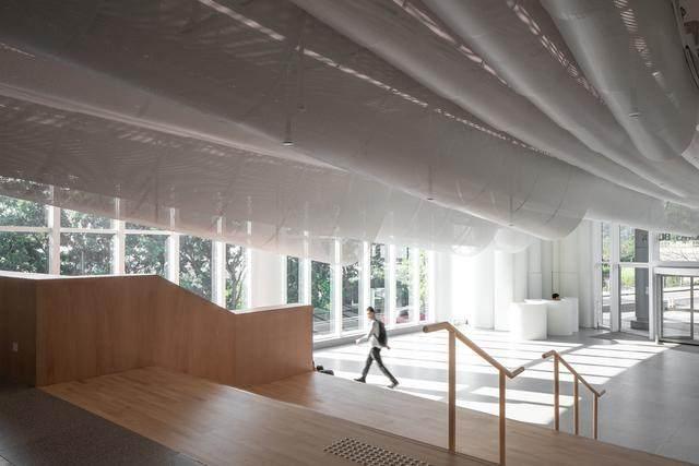 香港大学李嘉诚医学院大堂 / Atelier Nuno Architects-4.jpg