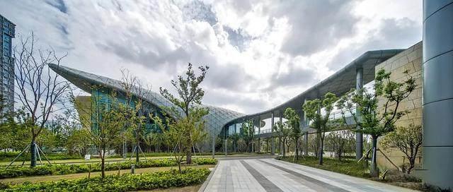 """苏州高新区人民医院二期設計解析,建築取意""""水与鲤鱼""""-9.jpg"""