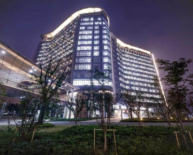 """苏州高新区人民医院二期設計解析,建築取意""""水与鲤鱼""""-10.jpg"""