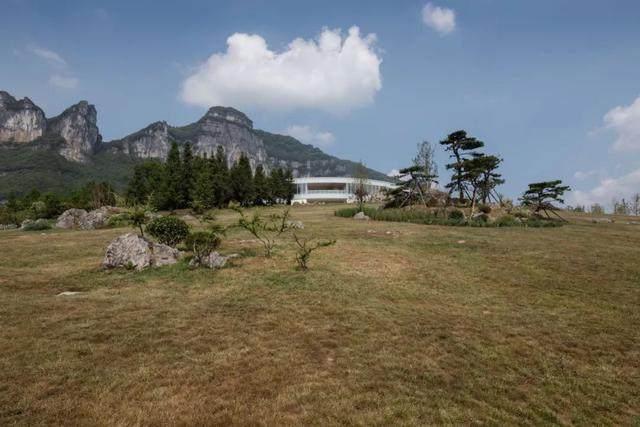 重庆武隆·懒坝美术馆,漂浮在山间的光环-5.jpg