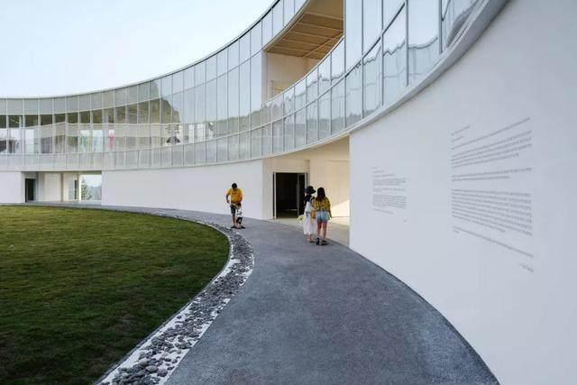 重庆武隆·懒坝美术馆,漂浮在山间的光环-14.jpg
