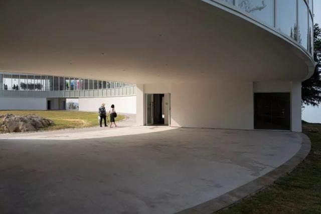 重庆武隆·懒坝美术馆,漂浮在山间的光环-15.jpg