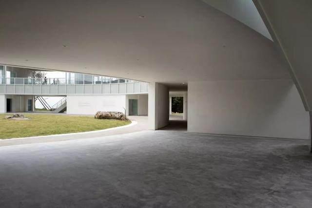重庆武隆·懒坝美术馆,漂浮在山间的光环-16.jpg