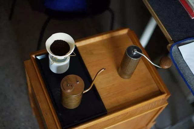红点、IF获奖設計師专为爱喝茶的人做的小茶桌,朴素美好-17.jpg