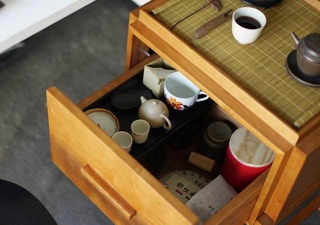 红点、IF获奖設計師专为爱喝茶的人做的小茶桌,朴素美好-26.jpg