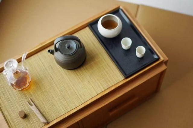红点、IF获奖設計師专为爱喝茶的人做的小茶桌,朴素美好-29.jpg