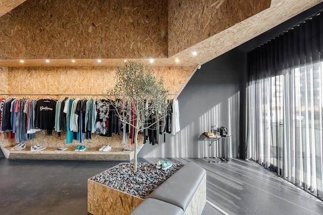 超低成本打造65㎡高颜值服装店,这种材料立了大功