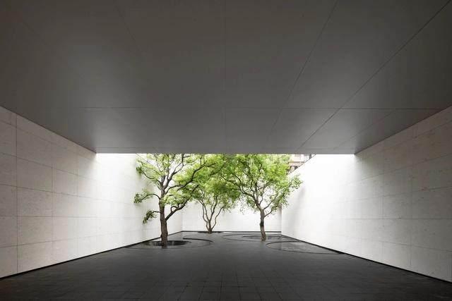 重庆万科:极简 夯土,容纳着万境的沉静灵魂-5.jpg