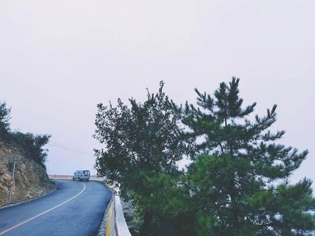 太行山·挂壁公路 I 穿行于壁立千仞的悬崖之上-26.jpg